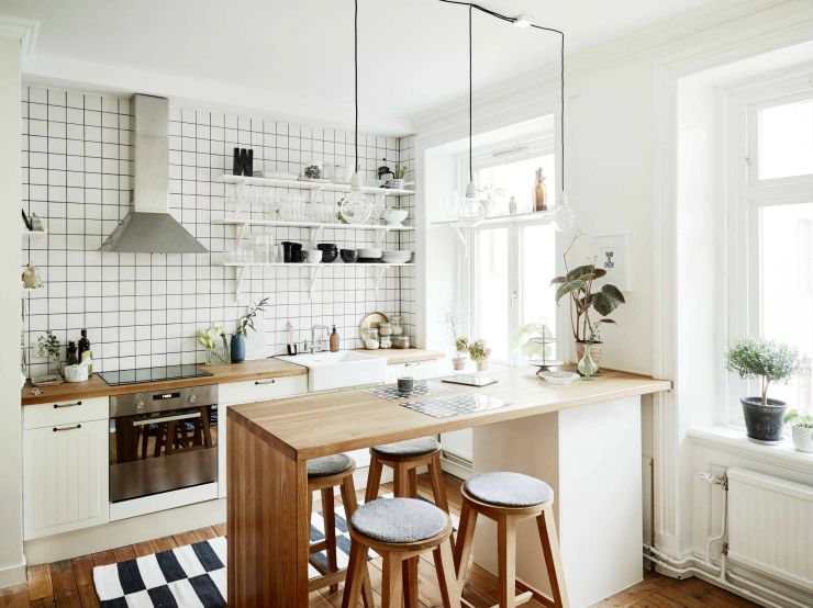 40-white-kitchen-cabinets-playing-tricks-homebnc