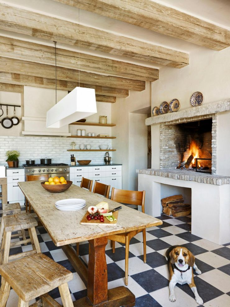 ci-oz-architects-kitchen-fireplace_s3x4-jpg-rend-hgtvcom-1280-1707