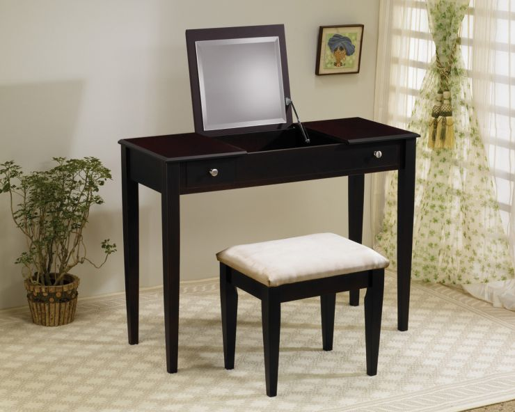 deluxe-bedroom-decoration-vanity-table